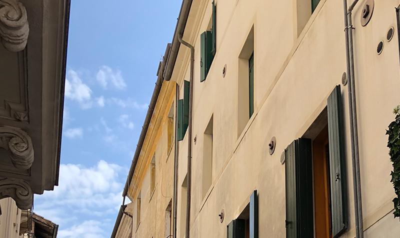 Treviso belvárosában rejtett klimatizálás
